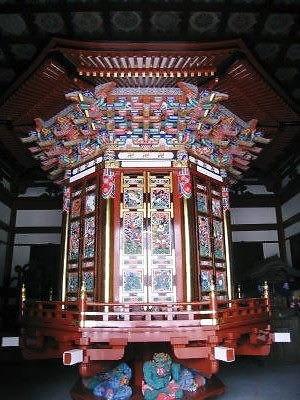 成田山 輪蔵