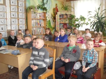 Во время встречи (учащиеся СШ № 2)