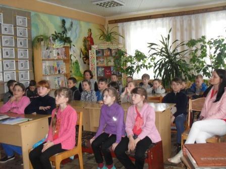 Во время встречи (учащиеся СШ № 1)