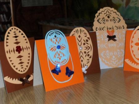 Пасхальные  открытки-вытинанки - результаты мастер-класса