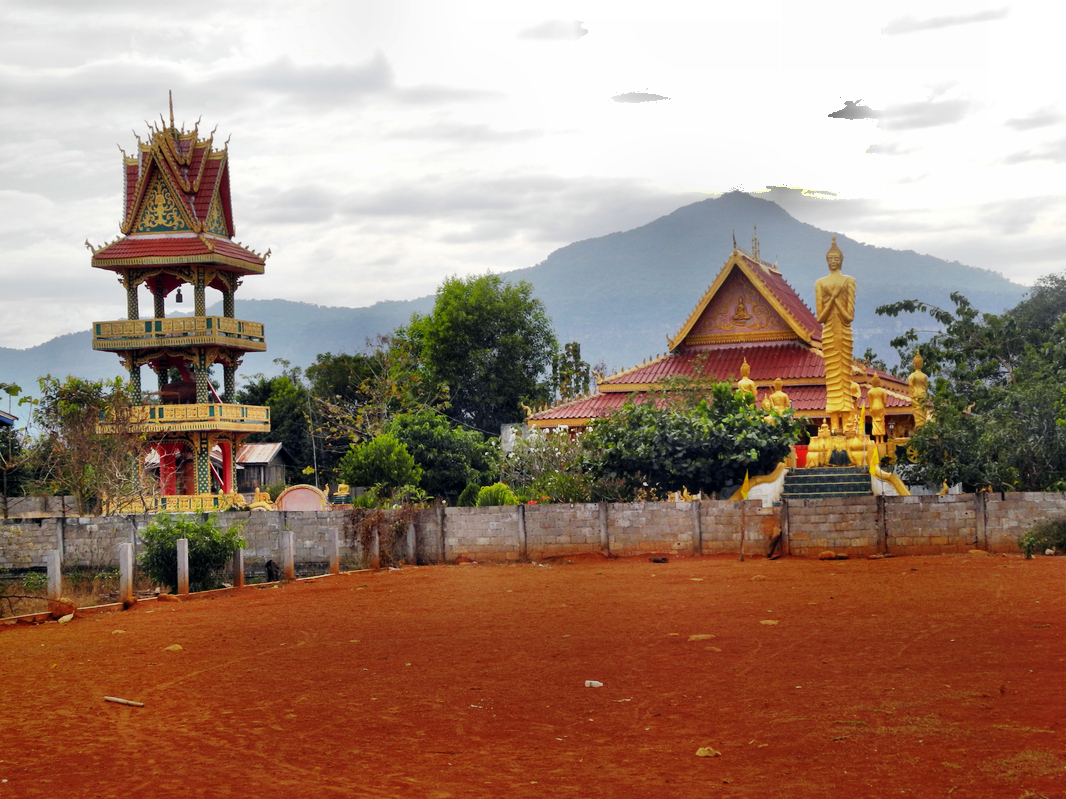 Immer wieder buddhistische Tempelanlagen