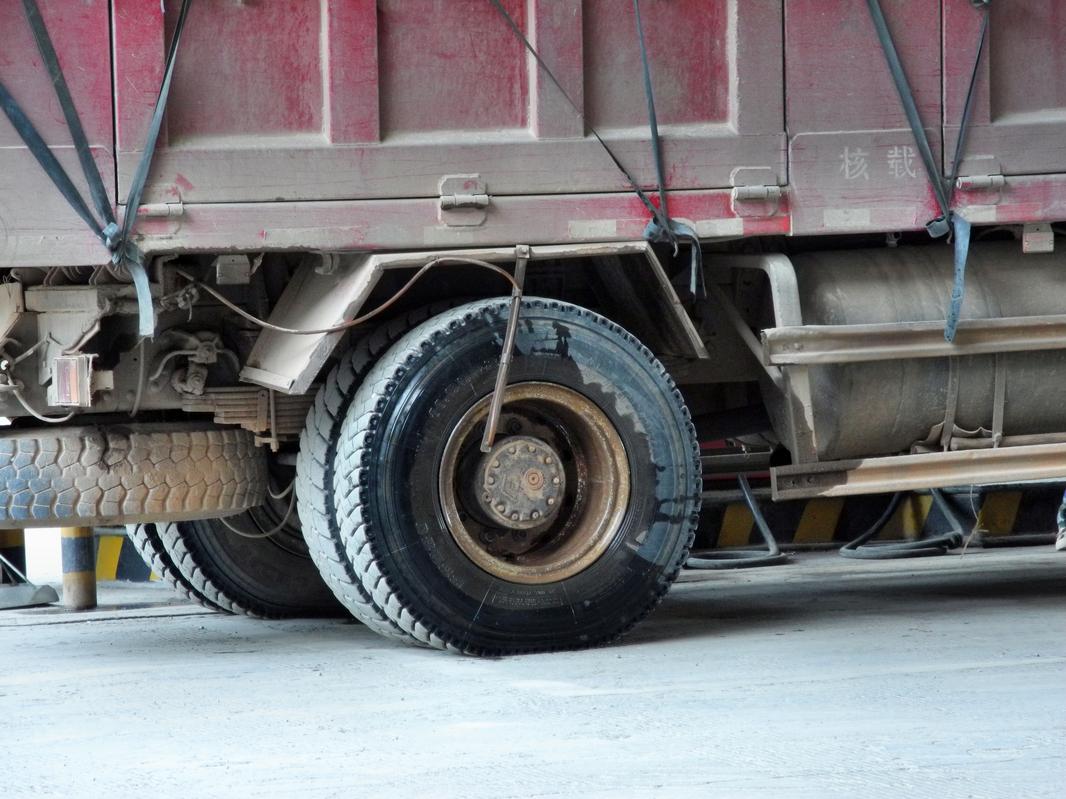 Die Trucks benötigen Extra Bremsenkühlung