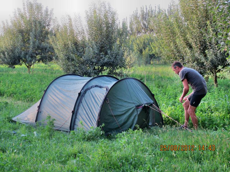 Schönes Camp auf dem Lande