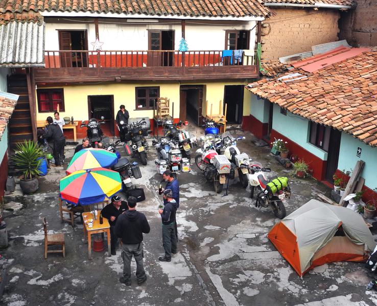Auf unserem Hostelhof in Cusco