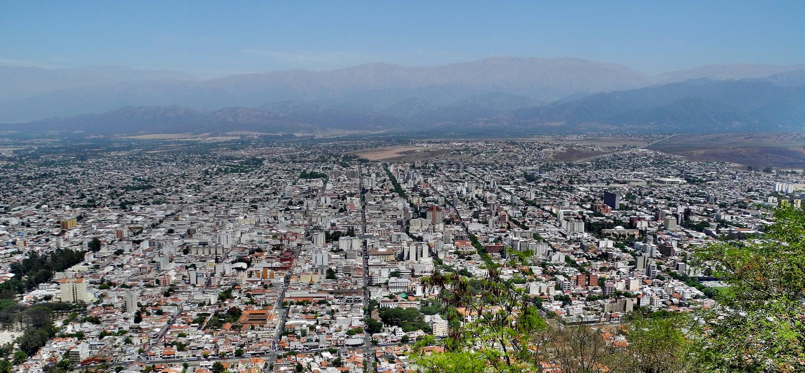Blick vom San Bernardo auf Salta