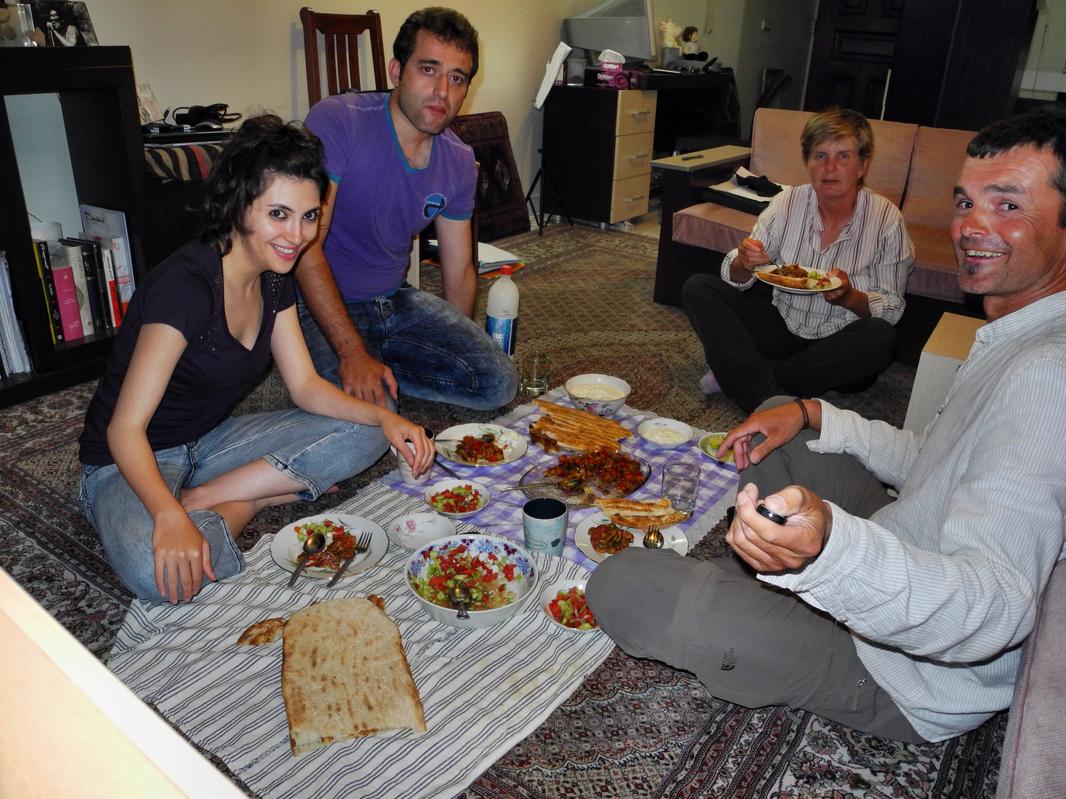 Ein paar Tage wohnen wir bei Saaede & Emad