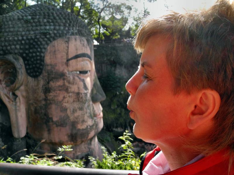 Beim großen Buddha von Leshan