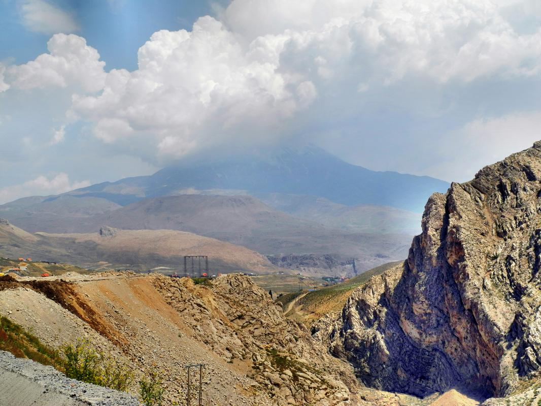 Damavand -  Der höchste Berg im Iran (5677m)