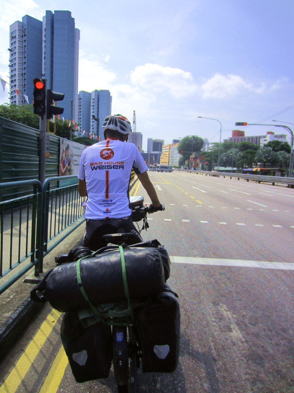 Hinüber nach Singapur