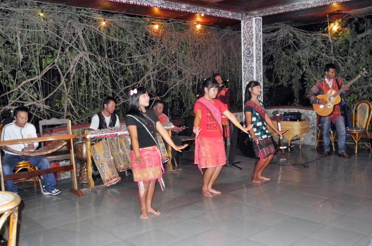 Folkloreabend im Hotel