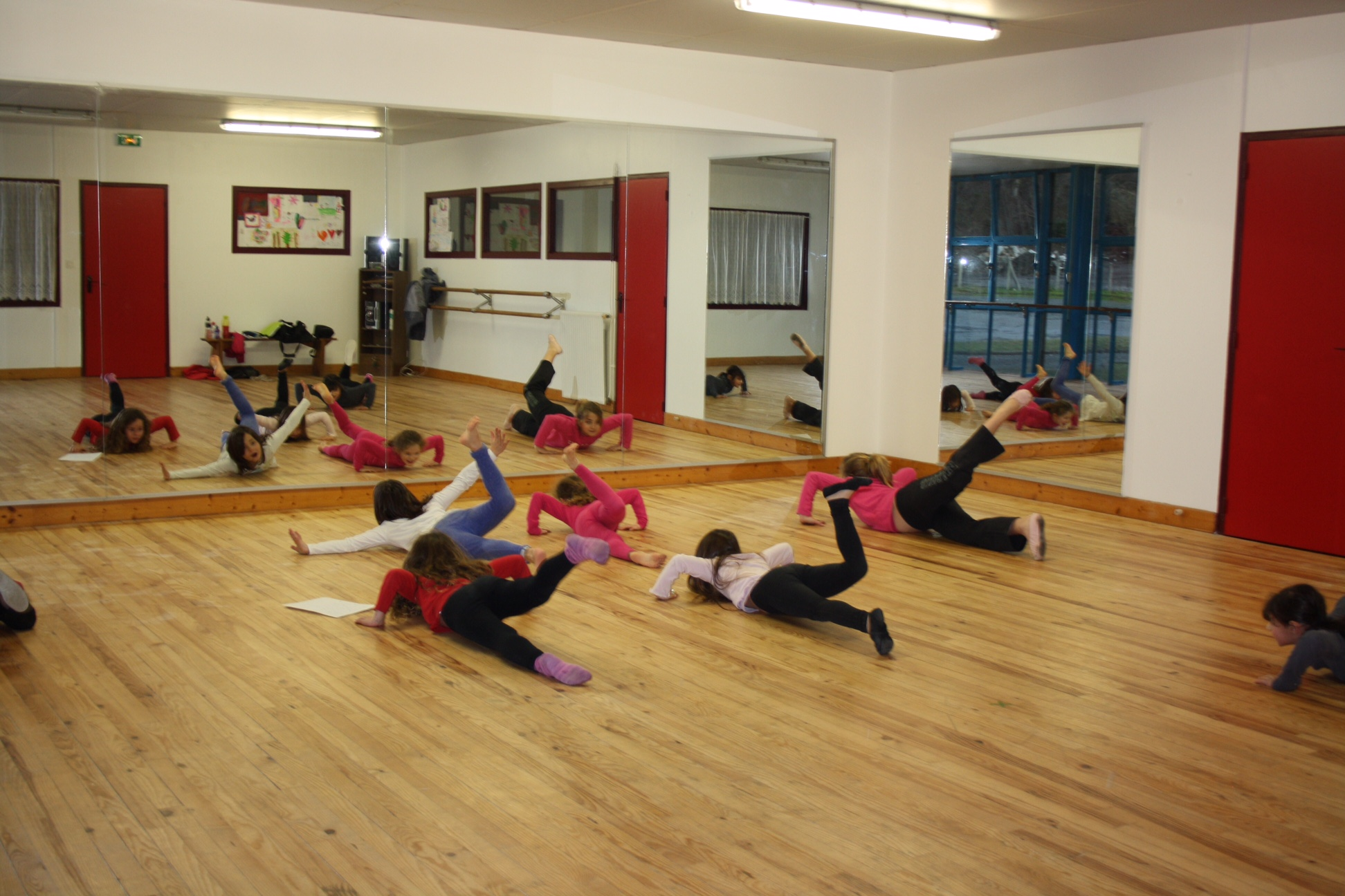 Cours adolescents danse modern jazz