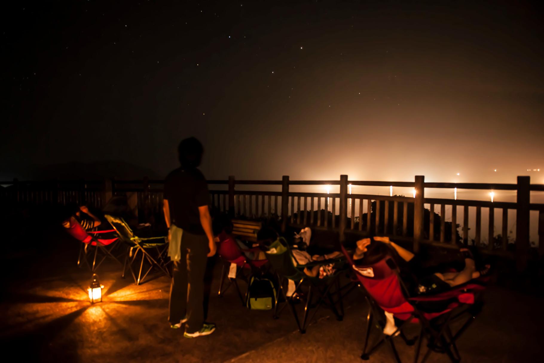 ナイトツアー後半は星空観察会。