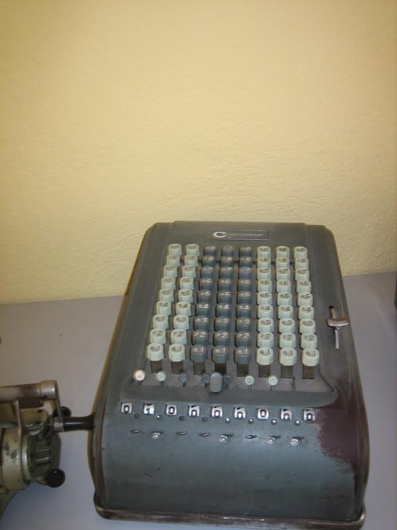 Comptometer Model M - Anno: 1945