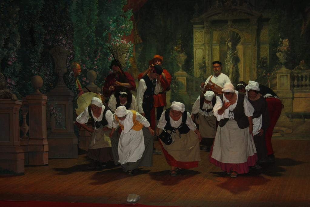 CHIMAY Dans le théâtre princier