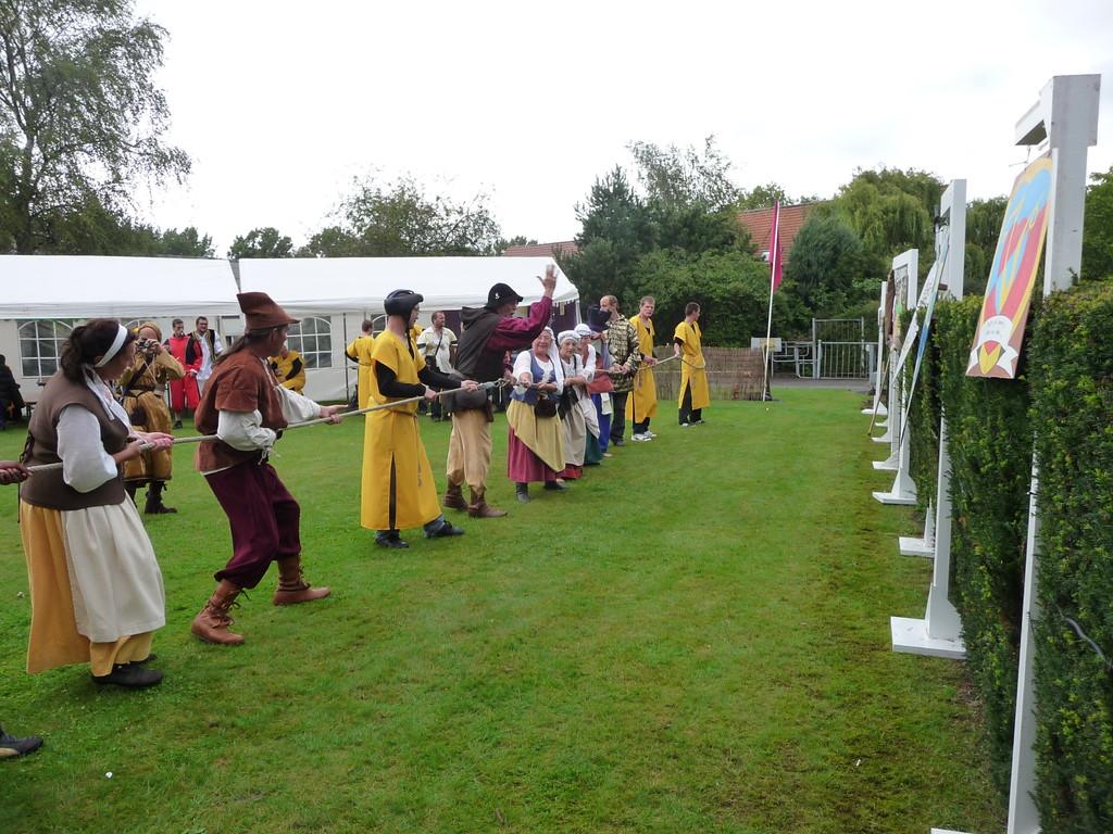 NEUFVILLES Centre Reine Fabiola le 13 août