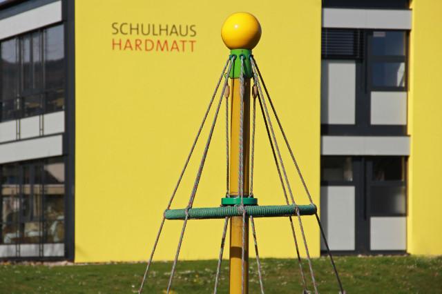 Hardmattschulhaus Südfassade
