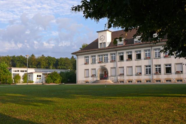 Kindergarten, Kleinfeldschulhaus Südfront
