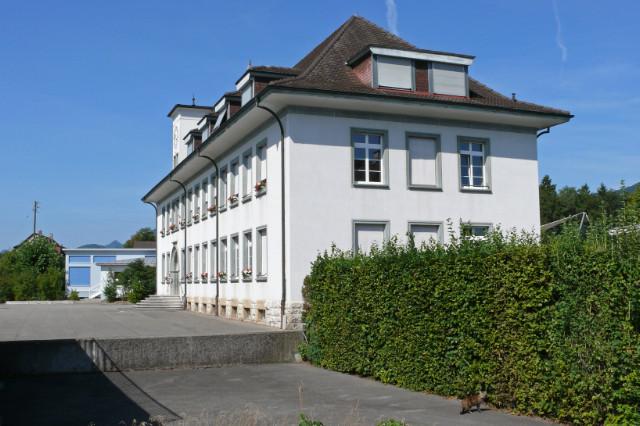 Kleinfeldschulhaus Südostansicht