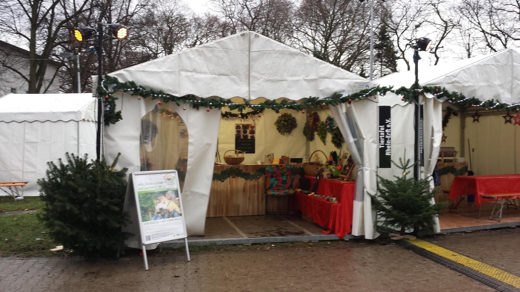 weihnachtsmarkt zelt