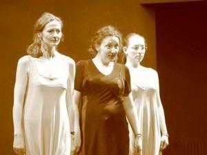 Hermine Haselböck as Mercedes in Bizet's Carmen @Styriarte (2005)  -  Andrea Breth / Nikolaus Harnoncourt