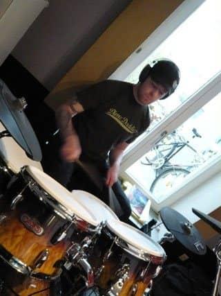 Schlagzeugunterricht Soest, professioneller Schlagzeugunterricht, Cajonunterricht Soest, Musikschule Grandweg 38, Soest.