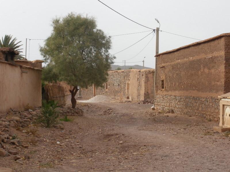 Village de Taguenzalte à proximité de Fint