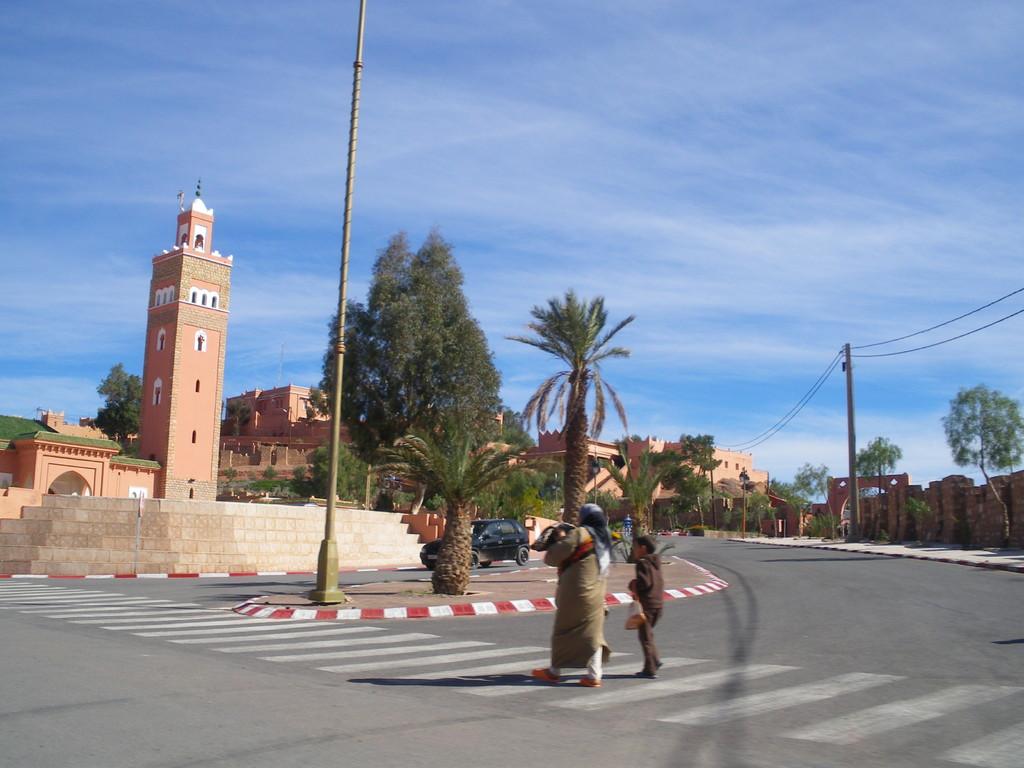 Ouarzazate, entrée de ville