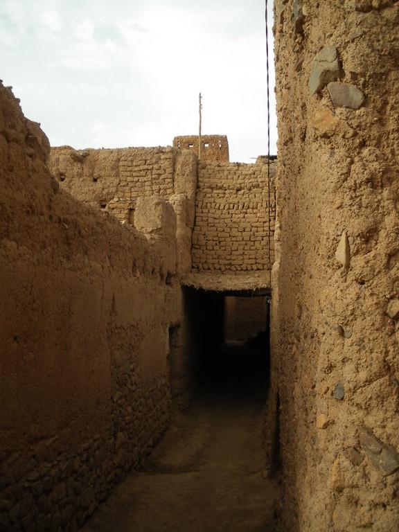 """Le village de Taguenzalte ou """"des amandiers"""", près de Fint"""