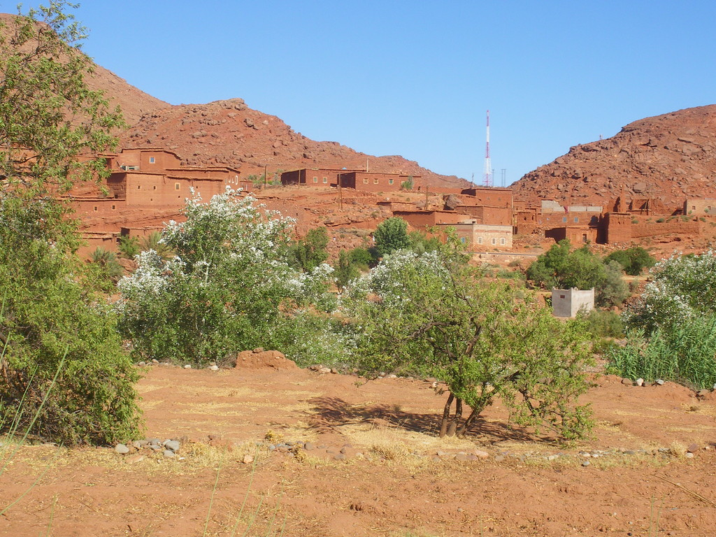 Village près d'Imini