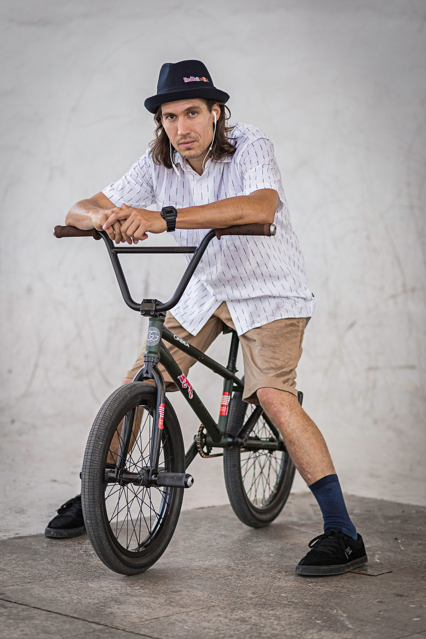 BMX Red Bull Design Quest 2.0 Vicky Gòmez