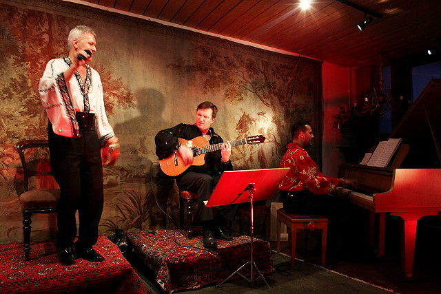 С цыганской семьей Шевчик концерт в Кёльне
