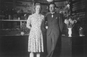 1946 kehrt Adolf B. Westensee jun. aus der Kriegsgefangenschaft zurück und baut den Betrieb neu auf.