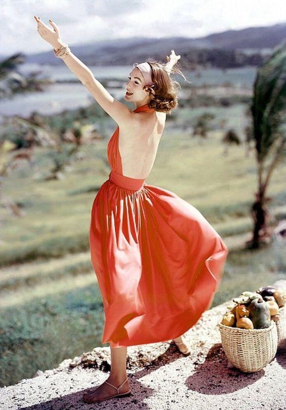 Vestido por McCardell 1957 cuello  halter