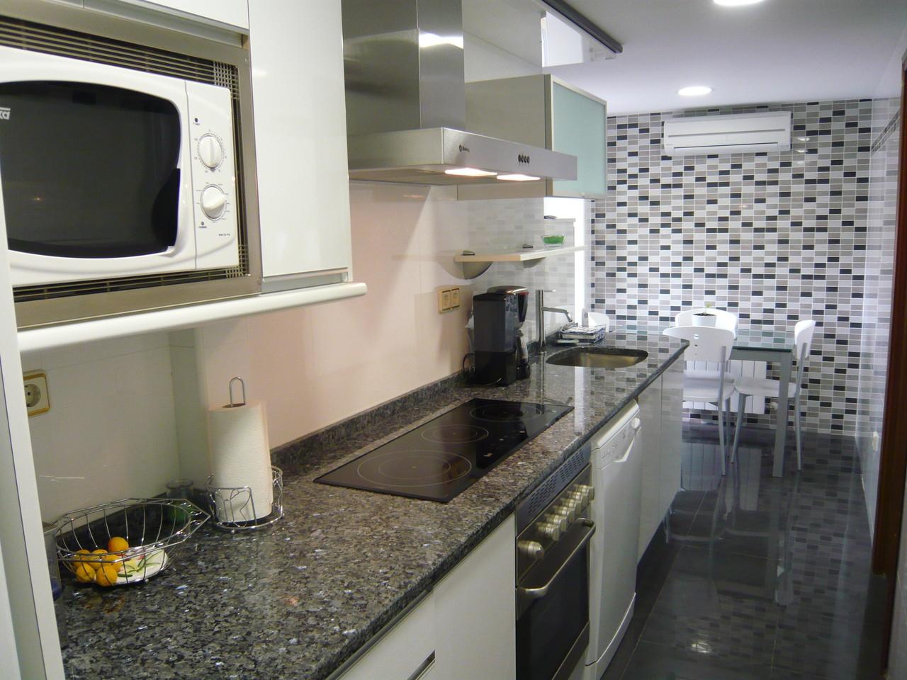 Cocina Moderna (Reformas J. Muñoz)