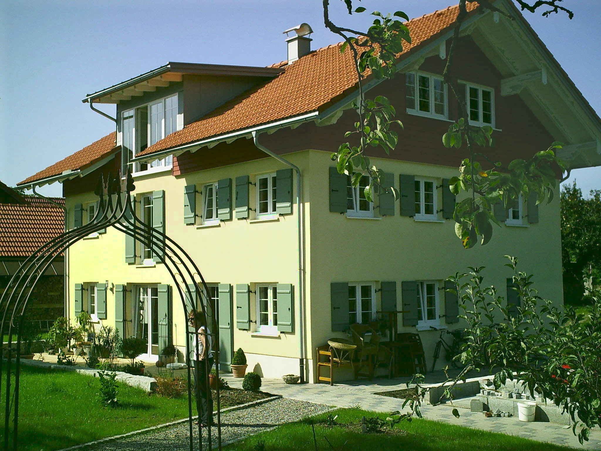 Fertigstellung, Umbau und energetische Sanierung MFH in Grünenbach