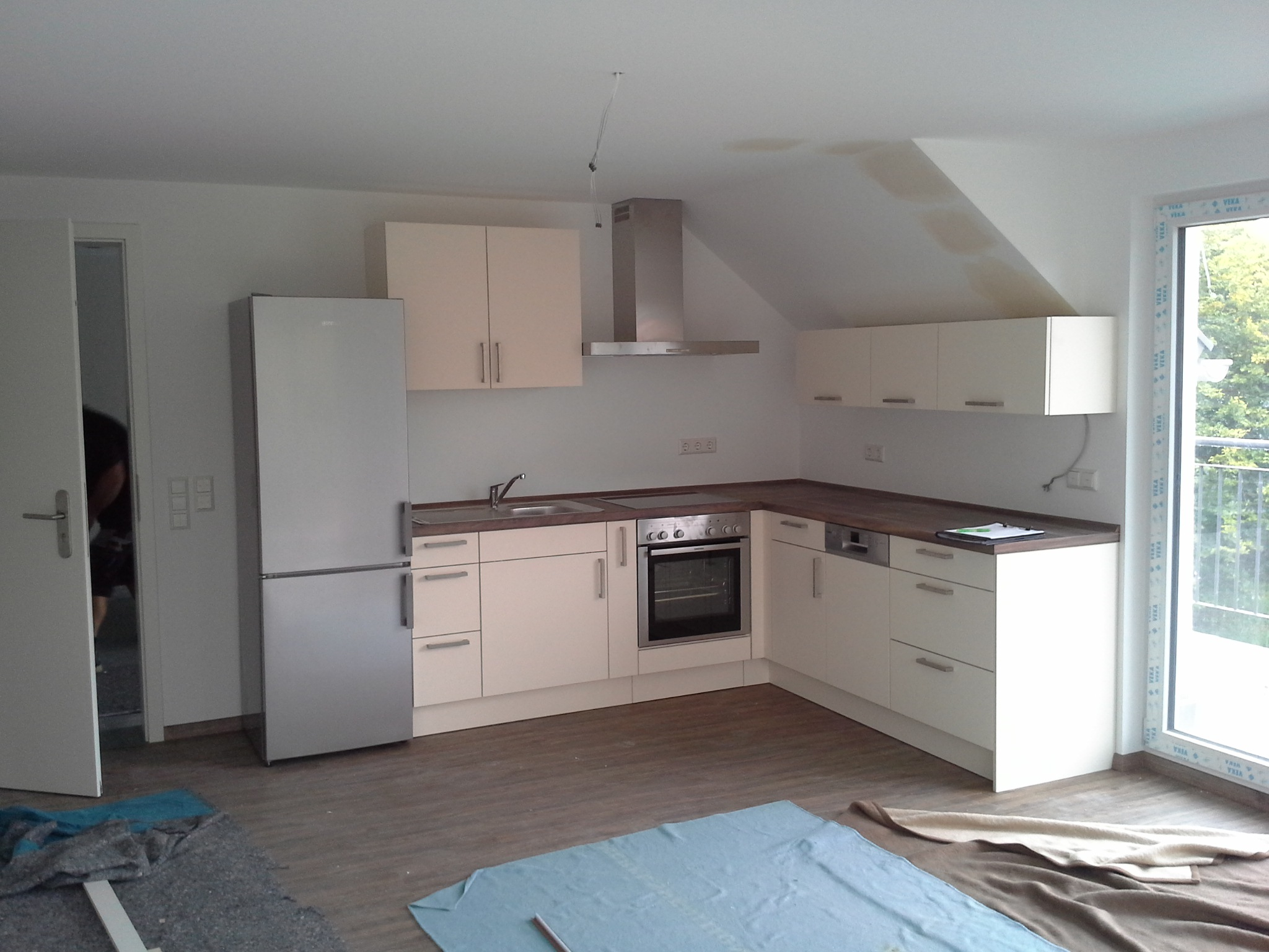 Fertigstellung, Küche, Mehrfamilienhaus in Winnenden