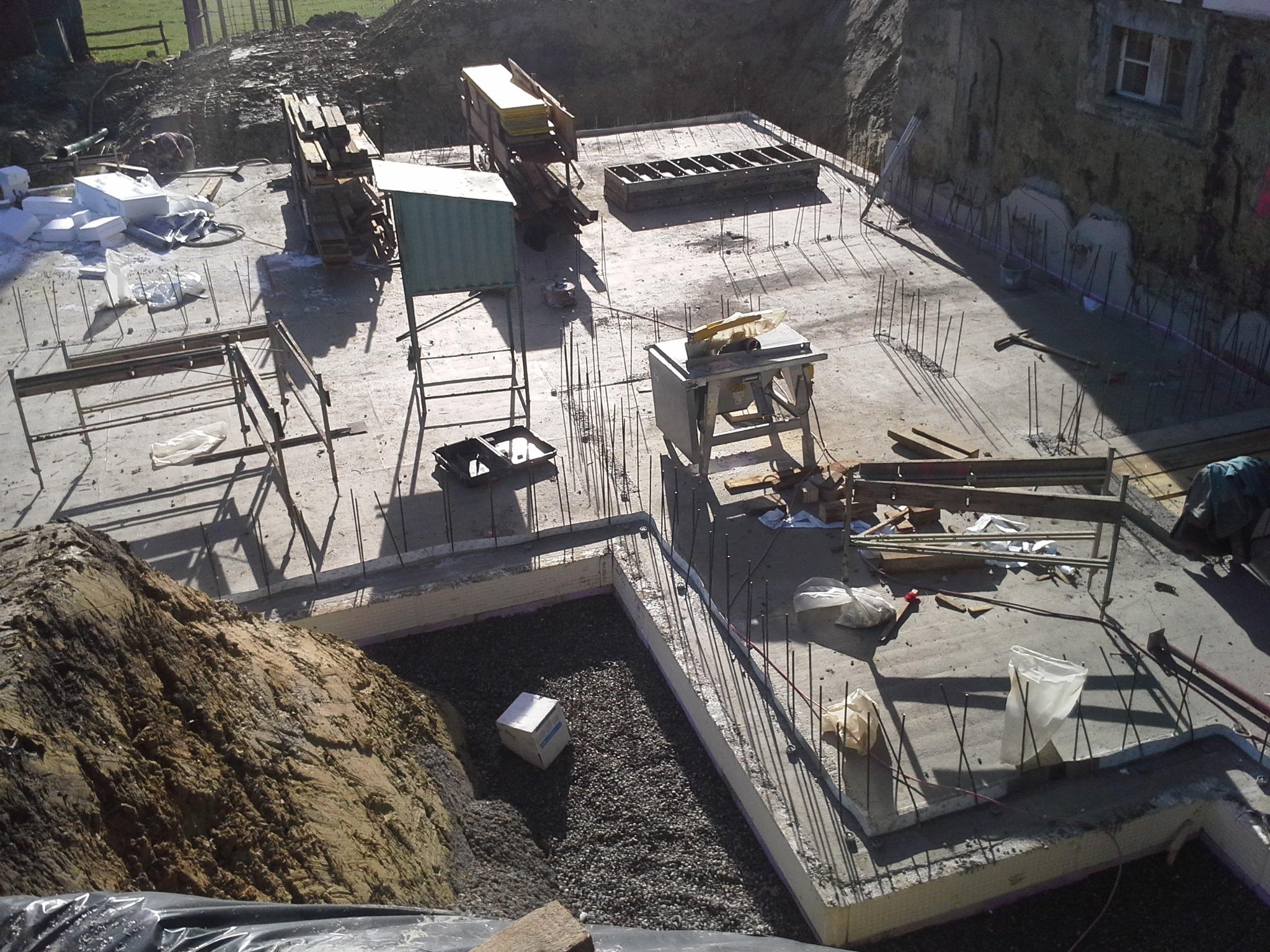 Bauphase, Bodenplatte, Anbau an Beherbergungsbetrieb in Scheidegg