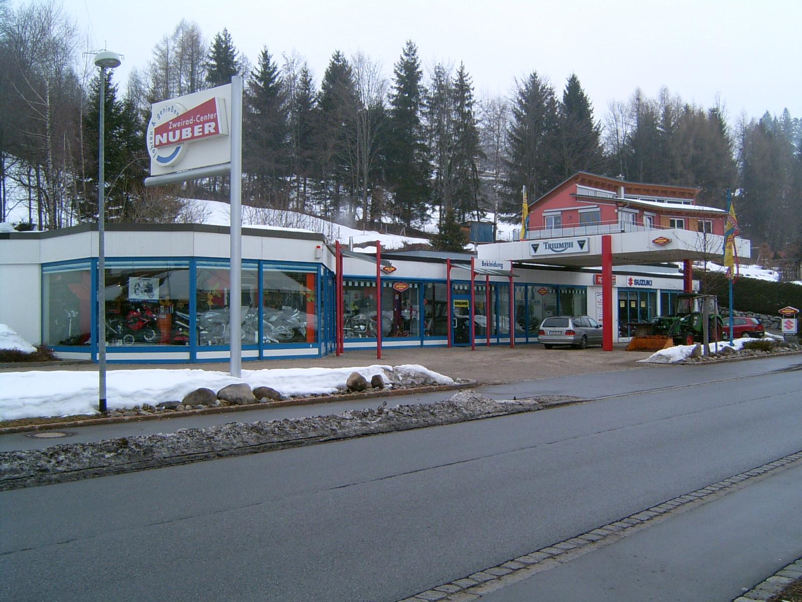 Umbau und Erweiterung Zweiradhaus in Lindenberg - Bestand