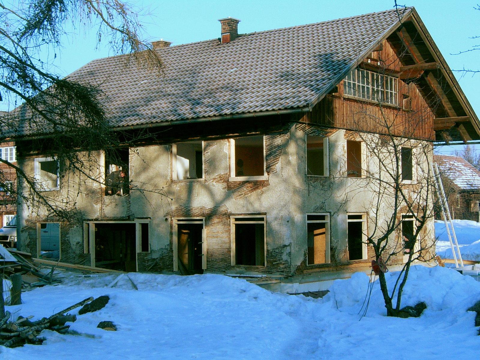Bauphase, Umbau und energetische Sanierung MFH in Grünenbach