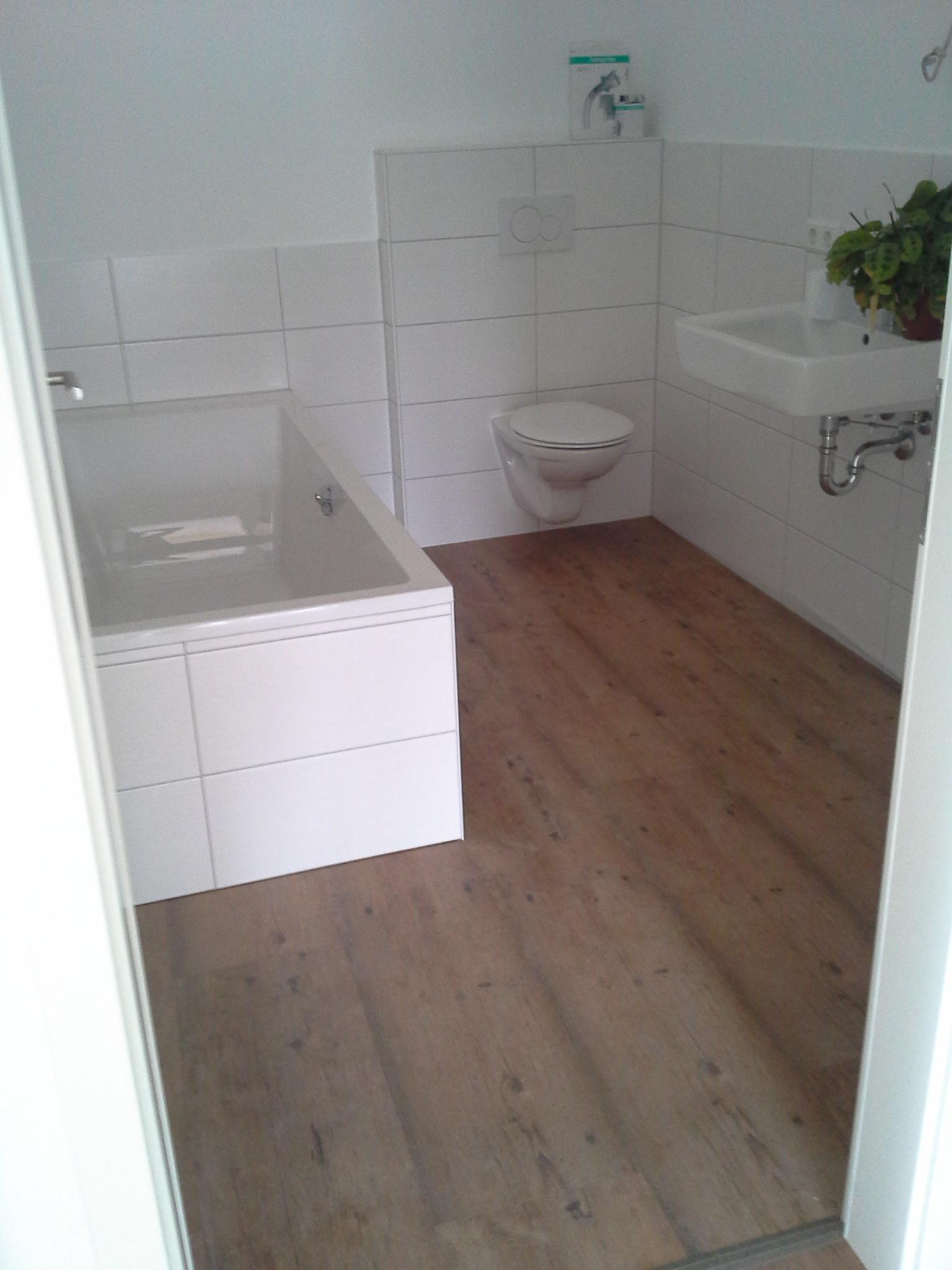 Fertigstellung, Bad, Mehrfamilienhaus in Winnenden