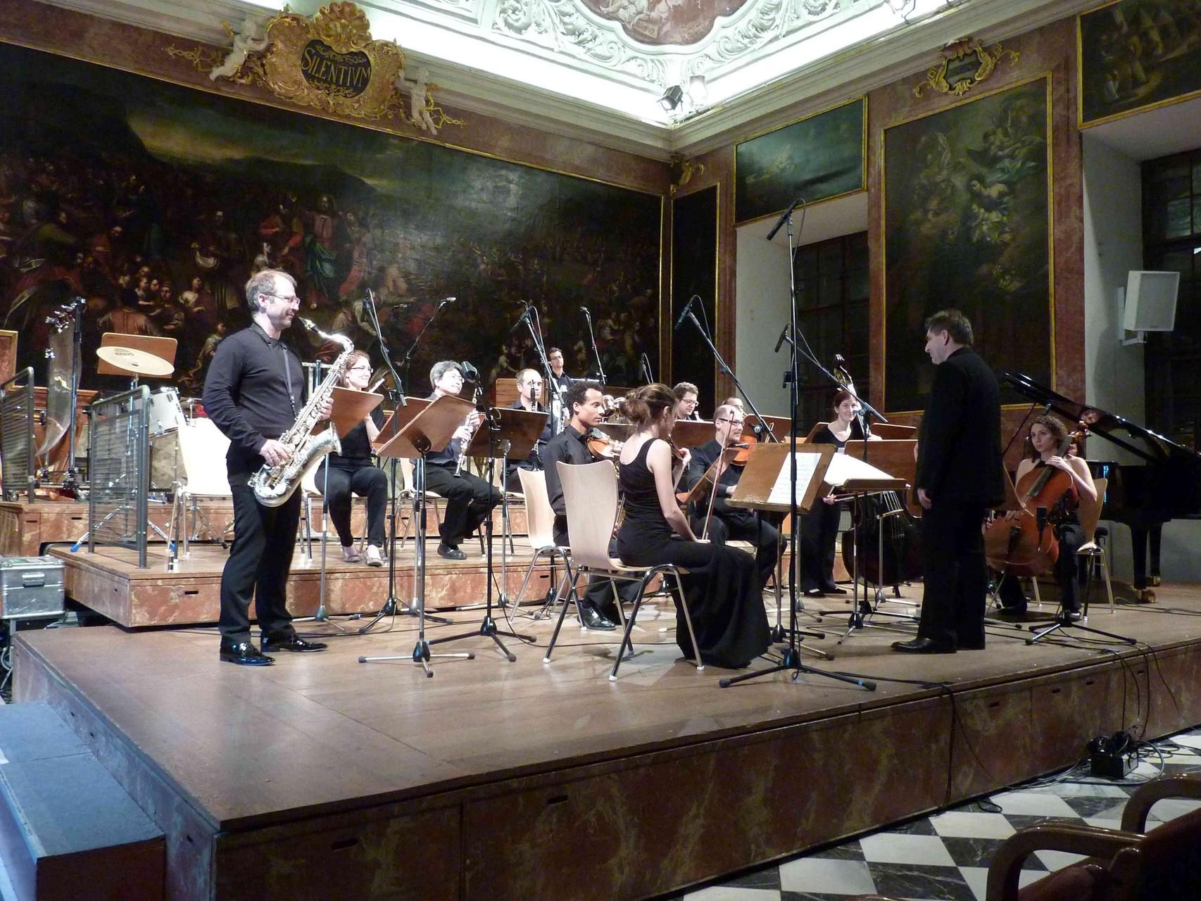 Ensemble Zeitfluss, Saxophon: Clemens Frühstück, Dirigent: Edo Micic