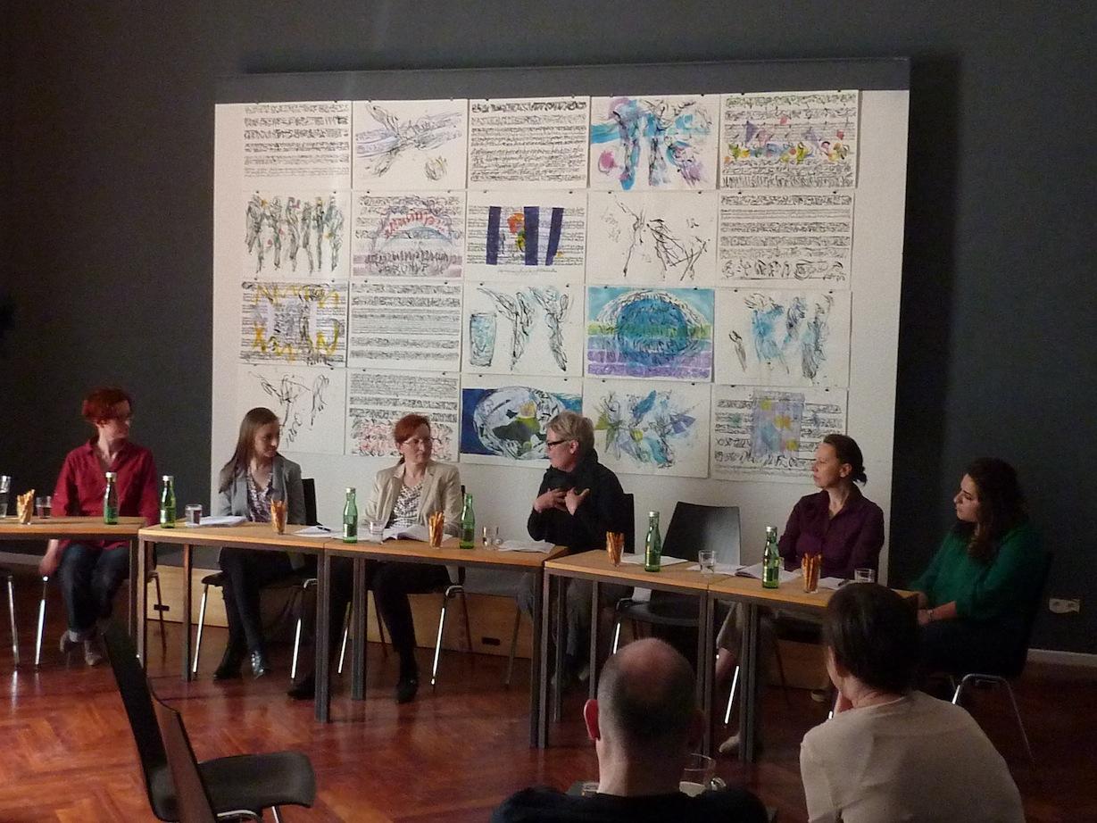 Elisabeth Harnik, Nadine Scharfetter, Christa Brüstle, Pia Palme, Elfriede Reissig, Anahita Abbasi © D. Mayer