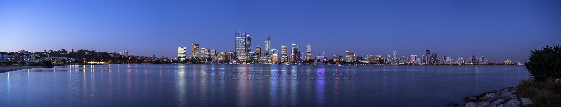 Perth Skyline Panorama 19 04