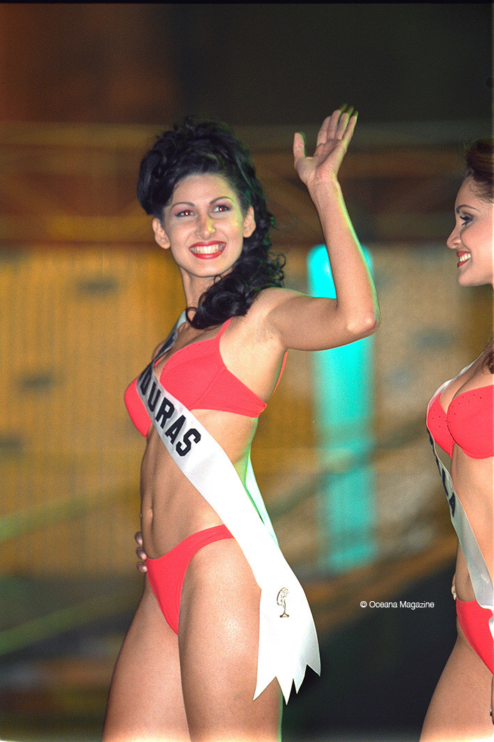 Miss Univers 2001 Bayamón, Porto Rico