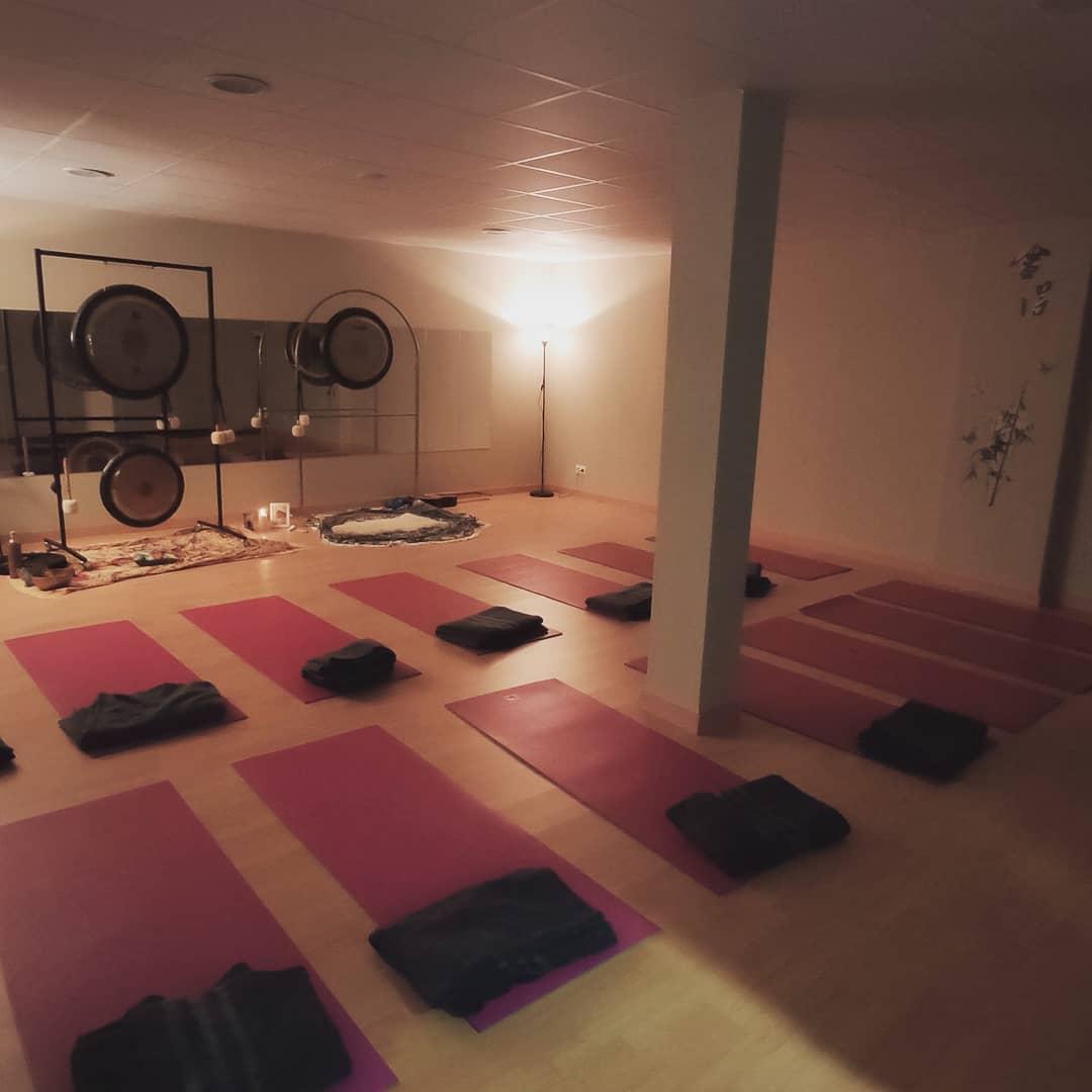 Clases de Yoga 29€/mes. Ven a disfrutar de una clase gratuita para conocernos