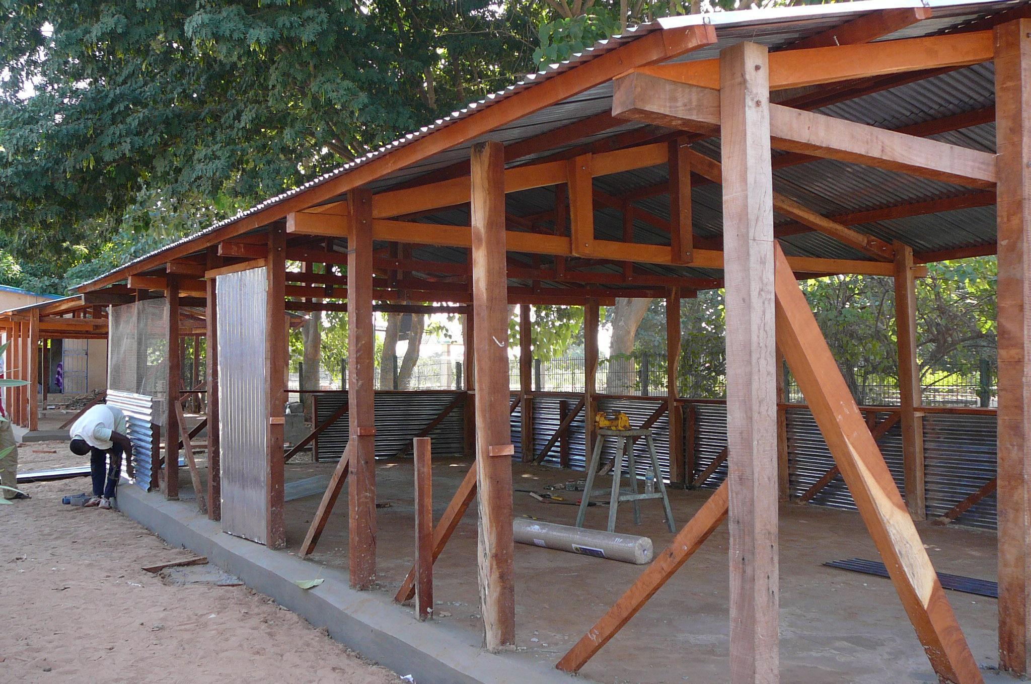 4. Zwei neue provisorische Klassenräume