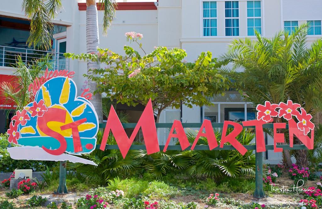 Meine Höhepunkte in St. Maarten -  Maho Beach mit seinen spektakulären Flugzeuglandungen, die niederländische Kolonialstadt Philipsburg, Orient Beach mit der der stylischen Kontiki Bar Der 424m hohe Aussichtsberg Pic Paradis