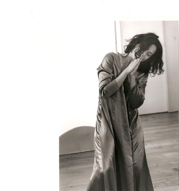 Gnade; Ausdruckstanz Nadja Müller Ghazal, Atelier Créarte, Bauchtanz und Coaching in Bern und Thun
