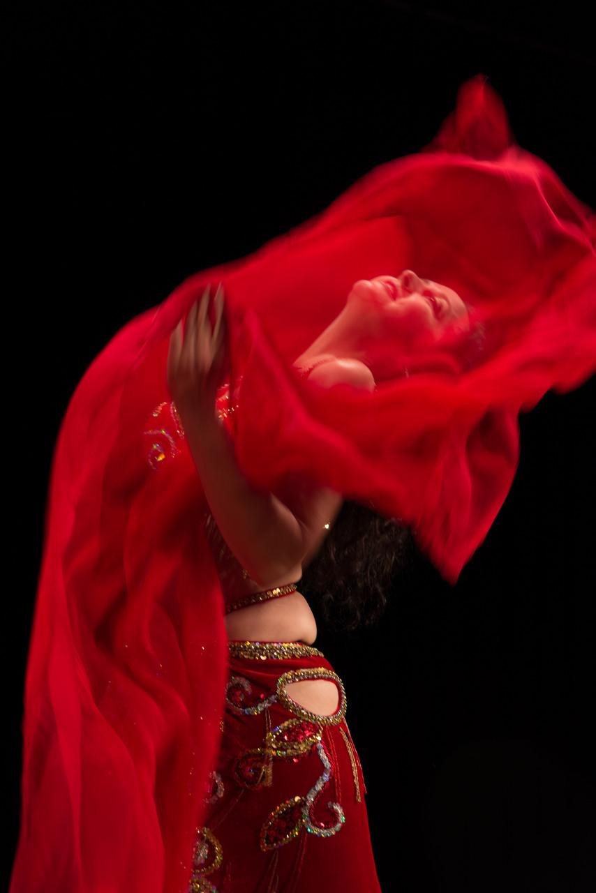 Bauchtanz entflammt... Nadja Ghazal, orientalischer Tanz in Bern und Thun