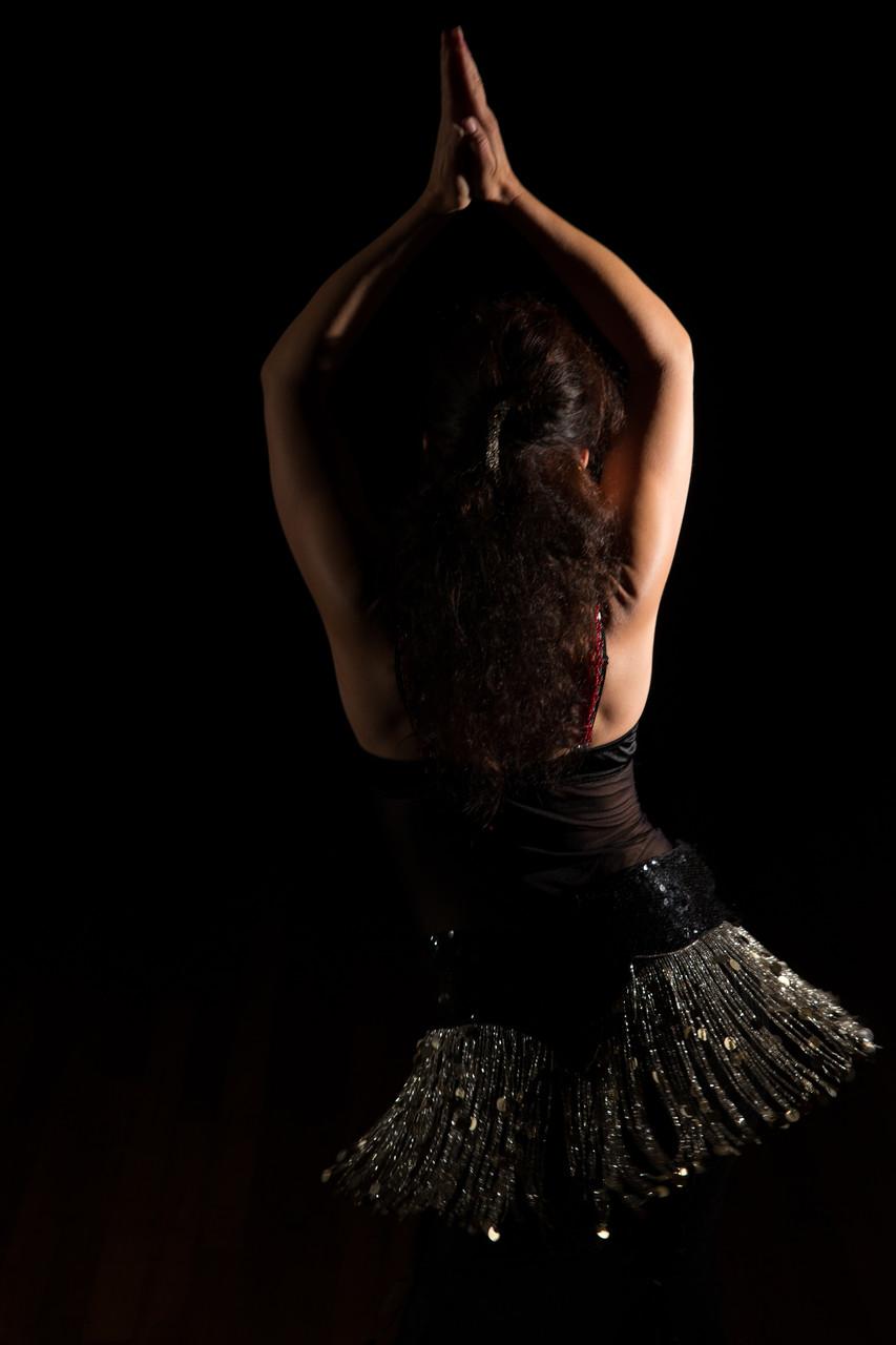 ...wiegend einer Soldanelle gleich... Nadja Ghazal, orientalischer Tanz in Bern und Thun